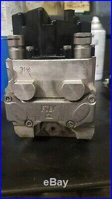 05 BMW R1200GS ABS Anti Lock Brake Unit Pump 45k miles oem braket