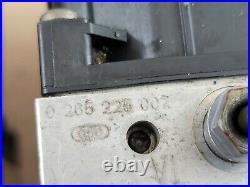 2002 2005 BMW 745i 760i ABS Anti Lock Brake Pump Control Module OEM 0265950006
